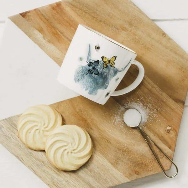 Highland Cow Dainty Gold-Rim Mug
